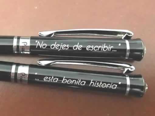 Pareja de bolígrafos para enamorar
