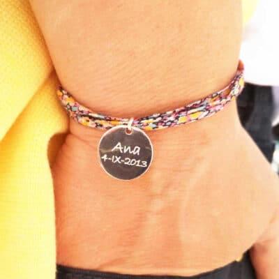 Pulsera personalizada Liberty medalla grabada Ana